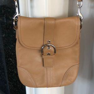 Perfect COACH crossbody purse